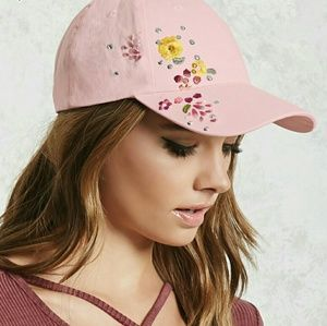 NWT Embroidered Baseball Cap